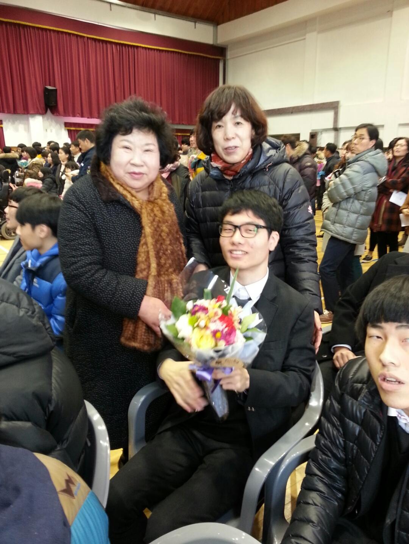 김현욱졸업2.jpeg